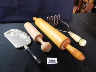 Vintage Kitchen Items  Rolling Pin