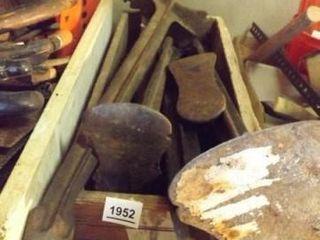 Cobbler Tools  Equipment   1 Box