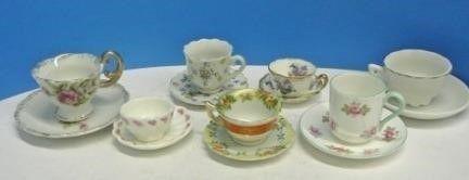Miniature Cups   Saucers