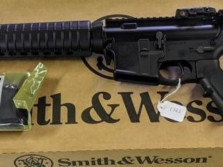Smith   Wesson M P 15 5 56 Rifle  NEW IN BOX