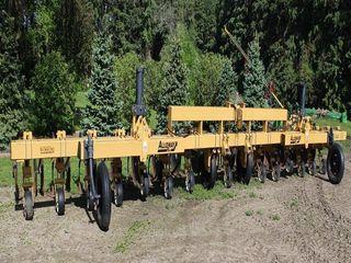 Alloway Rau 3030 Flat Fold Cultivator, 16R30