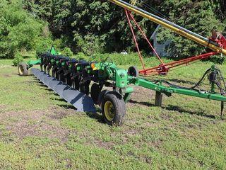 John Deere 3710 Plow, 8 Bottom Variable Width, Coulters, AR
