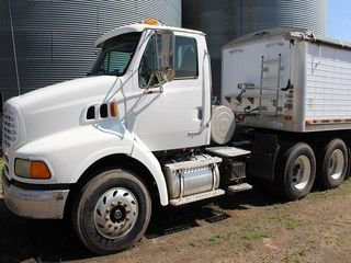***2003 Sterling LT 9500 Day Cab Semi Tractor, Cat C12, 10 Speed, A/C, Air Rid Susp