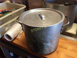 Alumin Stock Pot w  lid   10 x 10