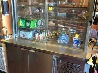 50  Ref  Cooler w  Upper Cabinet