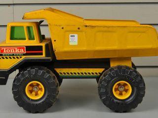 Metal Tonka Toy Dump Truck