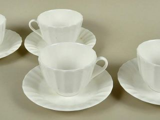 4 Royal Worcester Warmstry Cups   Saucers