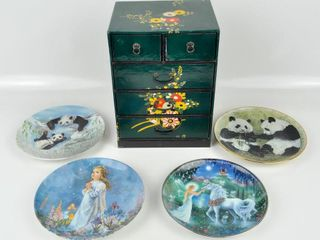 Collector Plates   Mini Dresser Jewelry Box