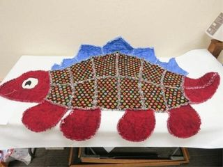 Carol s Dinosaur  machine quilted