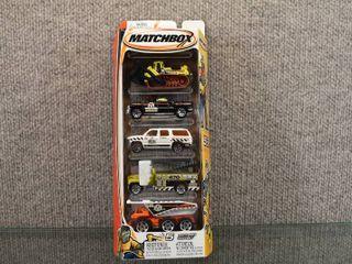 NIB Matchbox 5 Pack Set Asst  C1817   H4108 0718