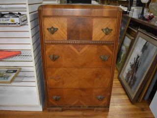 Vintage 1940 s Wood Dresser Dovetailed Drawers   Bakelite Insert Handles   Four Drawers