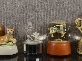 lot of 5 Vintage Animal Themed Music Boxes   1981 Born Free etc