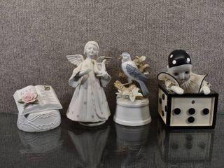 lot of 4 Vintage Music Boxes Clown  Bird  love   Angel   Average 7