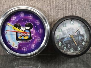 lot of 2 Vintage Working Battery Operated Clocks  Train w Sound   Disney Channel   Both clocks work    8    10