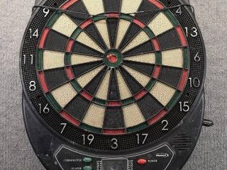 Halex Soft Dart Board Electric   Keeps score  Has Different games   No Darts   20