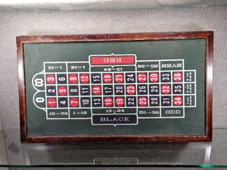 Vintage 3 in 1 Casino Table Top Board   Blackjack  Craps   Roulette   31  x 17 5    lOCAl PICKUP ONlY
