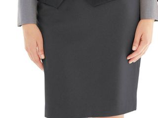 Affinity Apparel ladies  Classic Skirt   Size 16