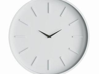 Modern White Round Wall Clock
