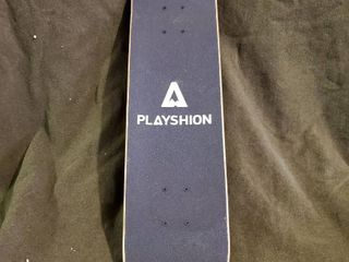 PlAYSHION Skateboard
