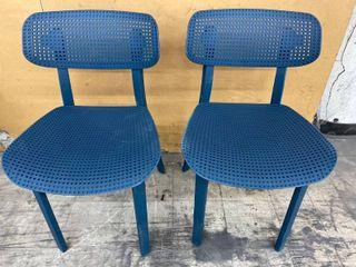 Pre  Assembled   Hard Plastic Chair Set of 2   Blue