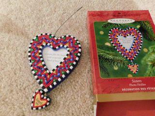 Hallmark Ornament   Sisters Photo Holder