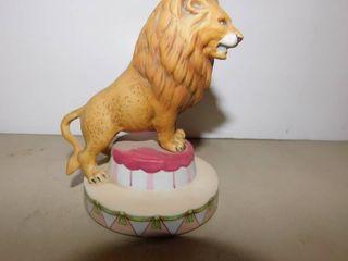 Vintage Circus Royale lion