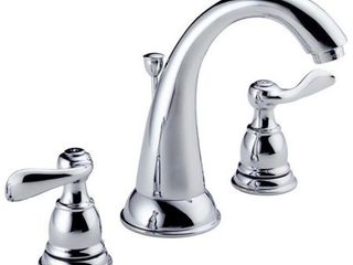 Delta 4326724 6 16 in  Windemere Two Handle lavatory Faucet  Chrome