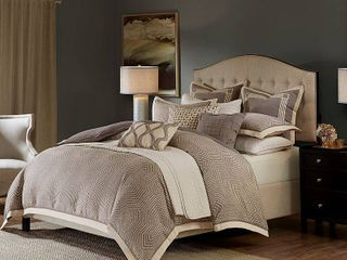Madison Park Signature Shades of Grey Jacquard Comforter Set With A Removable Insert  Retail 295 98