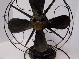 Vintage Robbins   Myers oscillating table fan