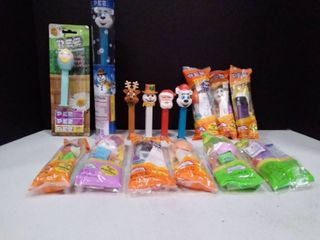 lot of Holiday Pez Dispenser