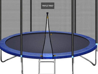 Triple Tree 10 ft Trampoline with enclosure net    not Inspected