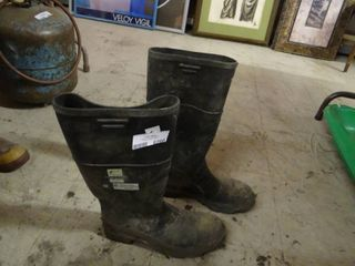Size 11 Rubber Steel Toe Boots