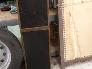 Pair of large Stereo Speakers