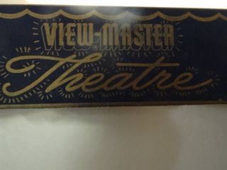 view master theater   Wreath and Stuffed Animals
