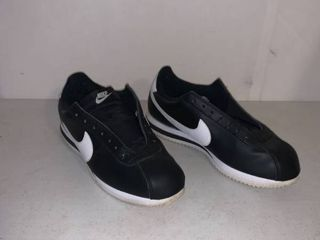 Vintage Black and White Nike Cortez Size 9 1 2