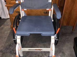 Shower Buddy Shower Wheelchair