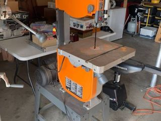 Rigid Band Saw 14002 With Extra Blades Working