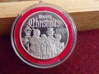 1993 CHRISTMAS SIlVER ROUND 1OZ