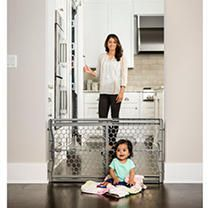 Regalo 23  Plastic Expandable Baby Gate  Silver