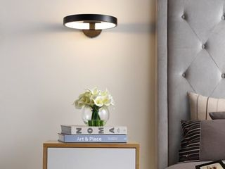 Nathaniel 12  Dimmable Integrated lED Sconce  Black by JONATHAN Y  Retail 112 49