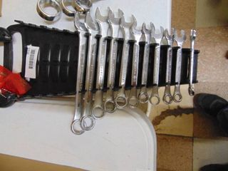 Wrench Set   Metric Sizes   8 to 19 MM
