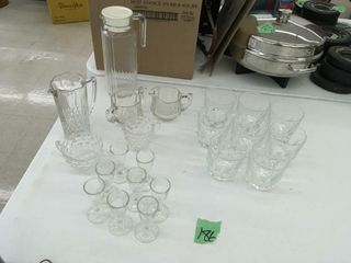 pitcher/glasses, more