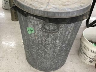 trash can w/lawn fertilizer