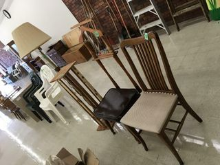 wood chair, tie chair, plant stand, floor lamp