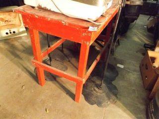 Red Wood Table  Four Metal Stands