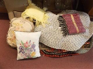 Pillows  Rugs  15