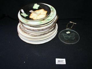 Decorative Plates 13 and 1 ornament