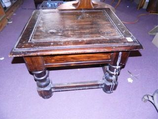 End Table w Drawer