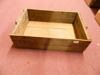 Wooden Crate  161 2  x 26  x 7