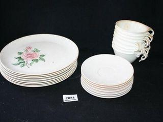 Melmac Dinnerplates  saucers  Corelle cups